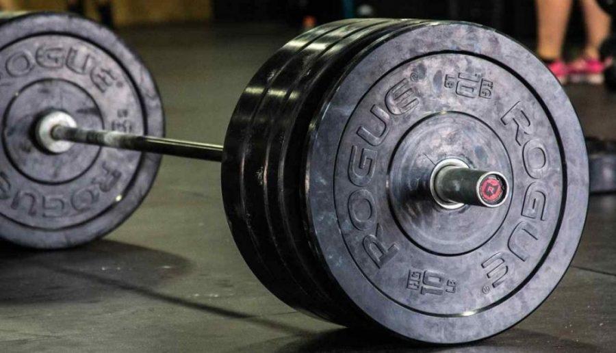 Los discos olímpicos serán una excelente accesorio para tu gimnasio casero