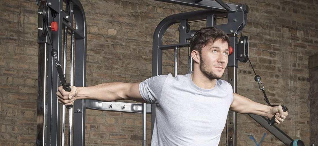 Máquina de poleas para gimnasio en casa